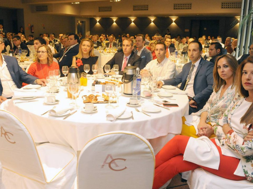 CREDEX invitada a las jornadas de escenarios políticos con el Ministro de Fomento
